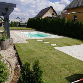 Pool ohne Abdeckung